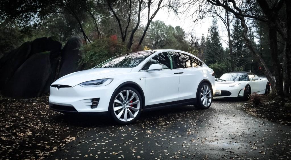 Tesla Model X P90D 1