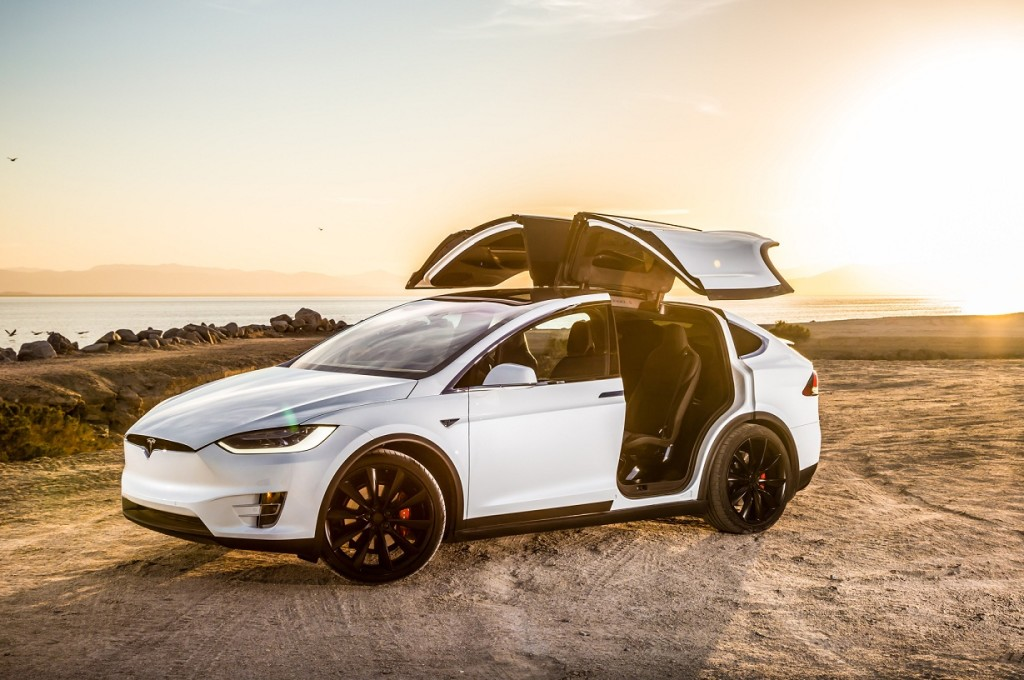 tesla-model-x-p90d-front-three-quarter-doors-open